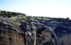 Maravilla de Meteora de la montaña del mundo en los monasterios de Grecia en las rocas Fotos de archivo