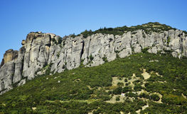 Maravilla de Meteora de la montaña del mundo en los monasterios de Grecia en las rocas Foto de archivo libre de regalías