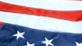 Maravillosamente agitando en el viento, la estrella y las rayas, bandera de los Estados Unidos de América Rojo, blanco y azul 4 d almacen de video