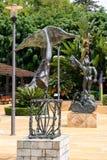 MARBELLA, ANDALUCIA/SPAIN - LIPIEC 6: Statuy Salvador Dali wewnątrz zdjęcie stock