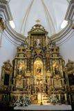 MARBELLA, ANDALUCIA/SPAIN - 23 MAGGIO: Altare dorato nella chiesa Immagine Stock Libera da Diritti