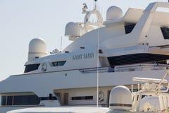Marbella, España 3 de septiembre de 2014: Yate de lujo famoso de señora Haya Imagen de archivo