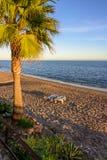 Marbella-Strandsonnenuntergang (vertikal) Lizenzfreie Stockfotografie
