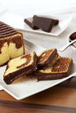 Marble cake on platter Royalty Free Stock Photos
