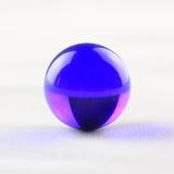 Marbre en verre bleu Image libre de droits
