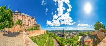 Marburg en der Lahn, slott, Tyskland Arkivbilder