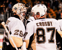 Marc-Andre Fleury en Sidney Crosby, Pittsburgh Penguins stock fotografie