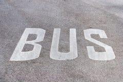 Marcação de estrada da faixa do ônibus Fotografia de Stock Royalty Free