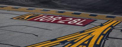 Marcações da pista de decolagem em San Francisco International Airport Imagem de Stock Royalty Free