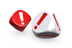 A marca de exclamação vermelha e branca corta Imagens de Stock Royalty Free