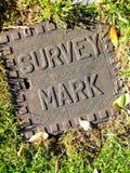 Marca de la encuesta sobre la pista Fotos de archivo libres de regalías
