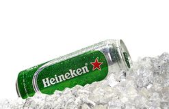Marca global de la cerveza de Heineken imágenes de archivo libres de regalías
