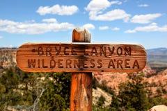 Marcador del rastro para Bryce Canyon Wilderness Area Foto de archivo