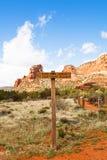 Marcadores da fuga em Sedona o Arizona o Arizona imagem de stock