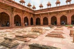 Marcadores graves no forte de Fatehpur Sikri Fotos de Stock Royalty Free