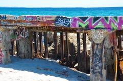 Marcar los detalles con etiqueta: Rompeolas en Fremantle, Australia occidental Imagenes de archivo