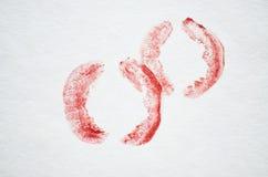 Marcas vermelhas do beijo do batom Fotos de Stock Royalty Free