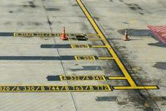 Marcature del grembiule dell'aeroplano Fotografia Stock Libera da Diritti