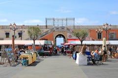 Marché artisanal, część Cours Saleya rynek, Ładna, Francja Zdjęcia Stock
