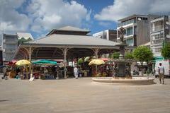 ` Marché aux épices ` - Markt van kruiden in pointe-a-Pitre, hoofdstad van Guadeloupe in de Caraïben royalty-vrije stock foto