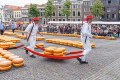 Marché Alkmaar de fromage Image libre de droits