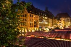 Marché allemand Nuremberg (Nuremberg), Allemagne de Noël de soirée romantique image stock