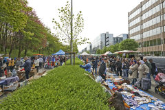 Marché aux puces chaque premier jour de mai à Bruxelles Image stock