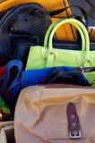 Marché aux puces de sacs à main Photographie stock libre de droits