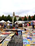 Marché aux puces de support de livre Bruges Belgique Photographie stock libre de droits