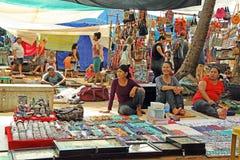 Marché aux puces en plage d'Anjuna Images libres de droits