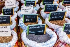 Marché d'épice à Guadalupe, la Caraïbe orientale Images stock