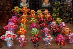 Marché de Balinese Éléphants colorés faits de bois Bali, Indonésie Image stock