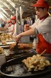 Marché de casse-croûte de nuit de Pékin image stock