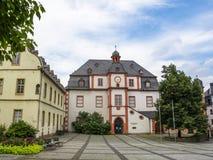Marché de Florians avec l'Altes Kaufhaus - un vieux magasin et salle de danse à Coblence, Allemagne photo stock