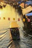 Marché de flottement d'Amphawa, secteur d'Amphawa, province de Samut Songkhram, Thaïlande Photographie stock libre de droits