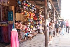 Marché de flottement d'Ayothaya Photos stock