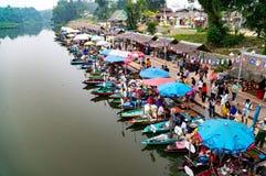 Marché de flottement de Hat Yai photos stock