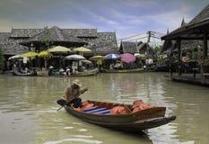 Marché de flottement de Pattaya Photos libres de droits