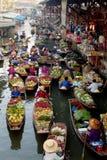 Marché de flottement en Thaïlande. photo libre de droits