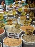 Marché de graine dans Eminonu, Istanbul Photographie stock