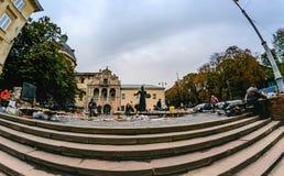 Marché de livre d'occasion de rue au-dessus de pionnier Ivan Fedorov d'impression de monument Images stock