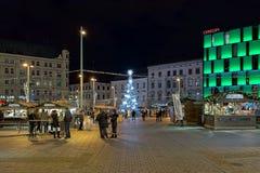 Marché de Noël sur la place de liberté à Brno, République Tchèque Photos stock