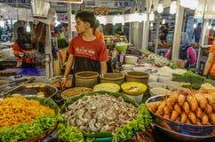 Marché de nourriture à Bangkok, Thaïlande photographie stock libre de droits