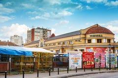 Marché de nourriture dans Zelena Pijaca Trzhnica du centre de ville de Kragujevac - la plus grande ville de la région de Sumadija Photographie stock