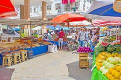 Marché de nourriture de visite à Antalya Image stock