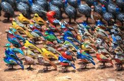 Marché de souvenir dans la capitale de Nairobi, Kenya image libre de droits