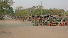 Marché en plein air dans Bagan clips vidéos