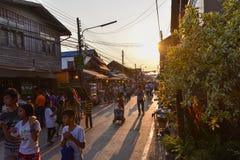 Marché en plein air de marche Chiang Khan Loei Thailand Photo libre de droits