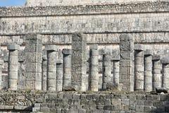 Marché et mille sites archéologiques maya de colonnes de ch Photos libres de droits