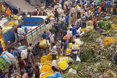 marché occupé de fleur Photographie stock libre de droits